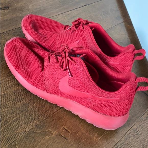 Nike Shoes | Roshe Run Triple Red